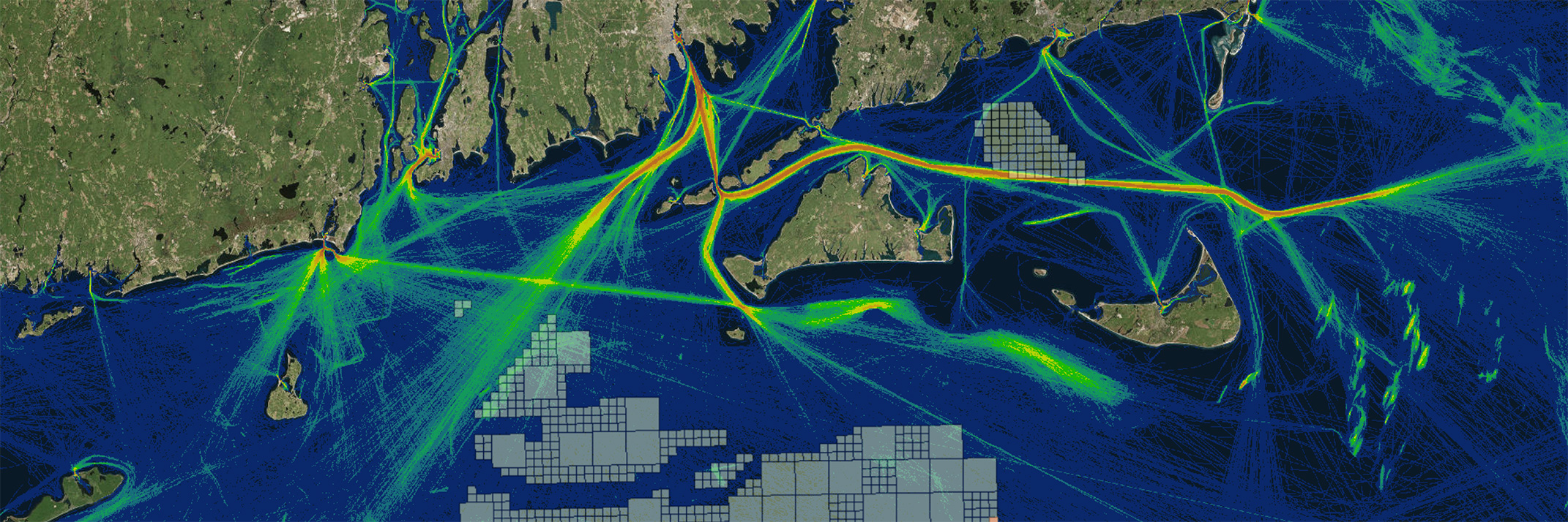 Screenshot of a Portal map showing fishing vessel traffic (red: high; blue: low) and wind energy areas (colored boxes).